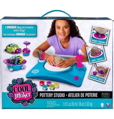 Pottery cool 6027865 Pracownia rzeźbiarska do tworzenia w glinie