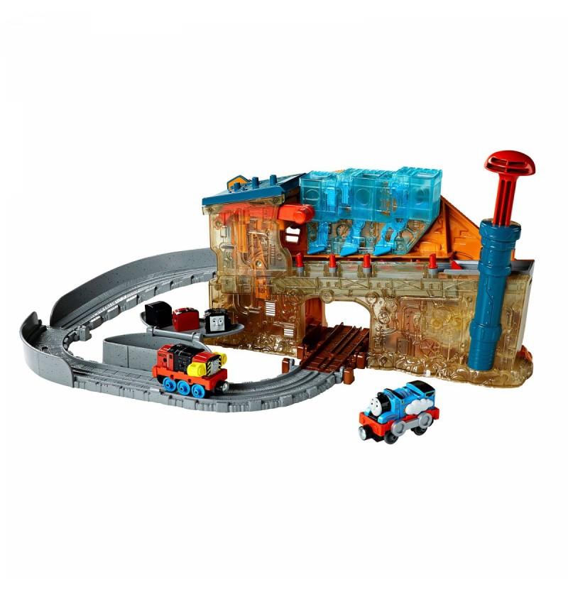 Tomek i Przyjaciele Take-n-Play Zestaw Fabryka lokomotywek DMV91